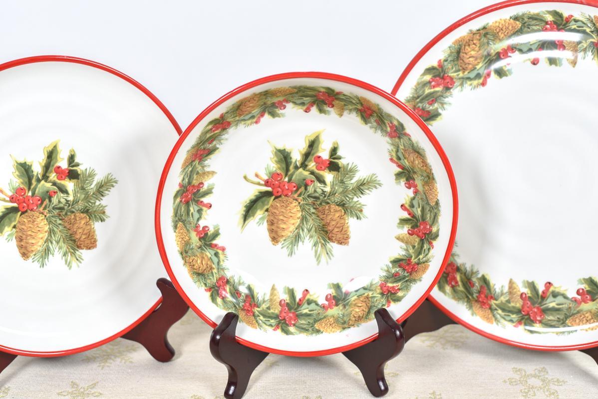 Праздничный сервиз со стильным рождественским декором «Зимний букет»  - фото
