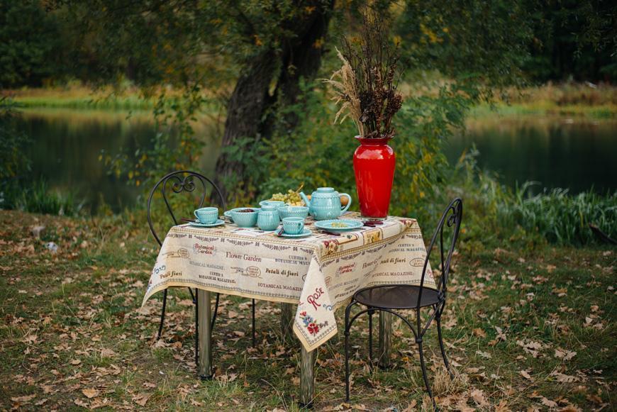 """Скатерть """"Ботанический сад"""" размером 140x140 см  - фото"""