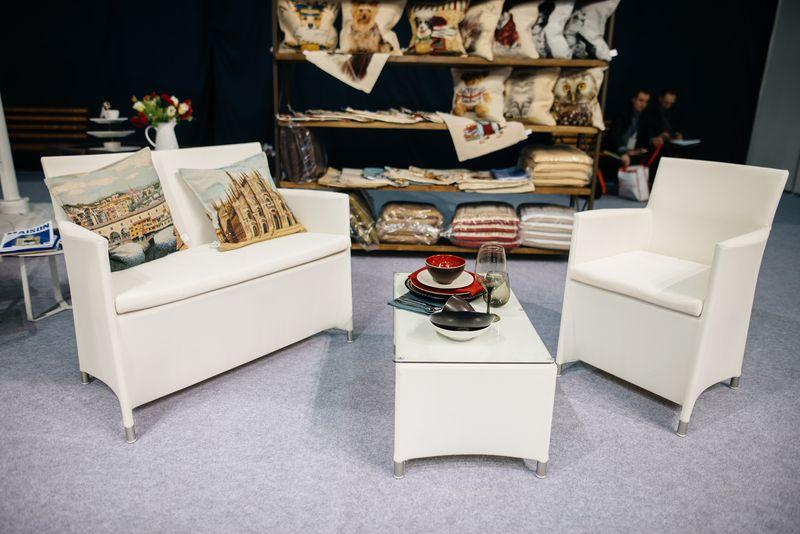 Комплект мебели для улицы белый Easy  - фото