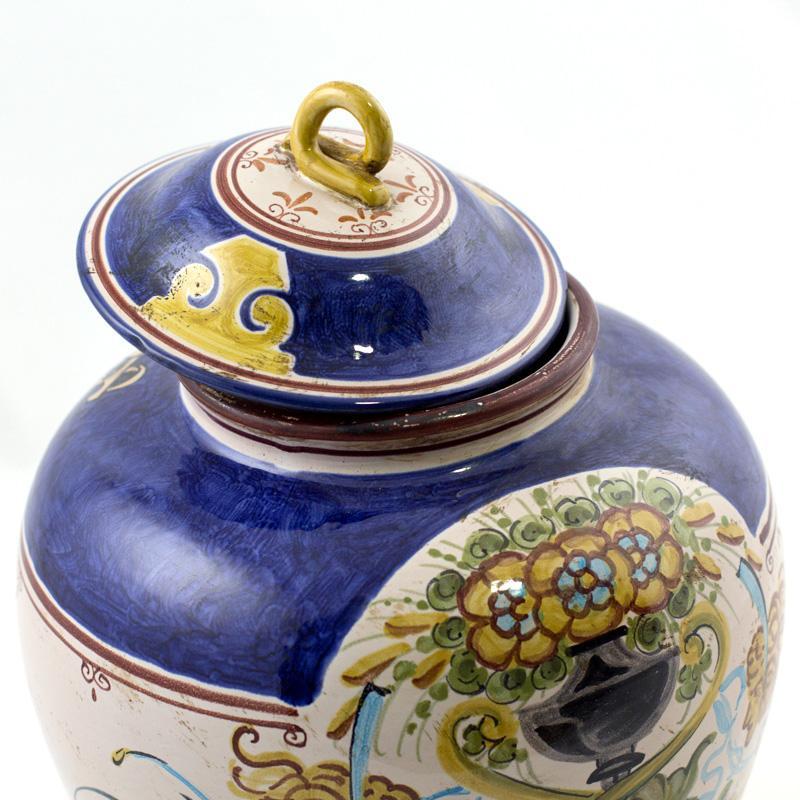 Горшок-ваза ручной работы с крышкой   - фото