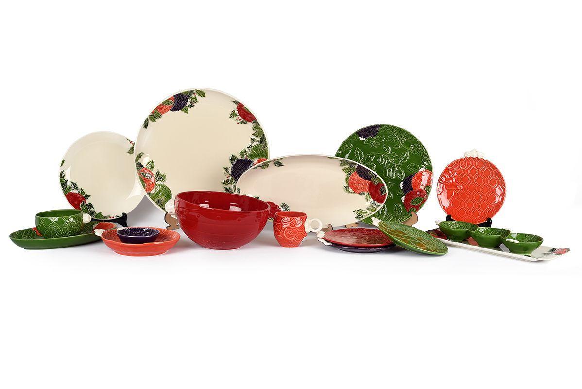 """Красная десертная тарелка в форме елочной игрушки """"Новогоднее чудо"""" Bordallo  - фото"""