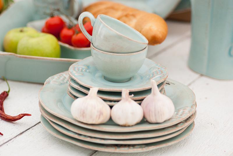 Красивая и долговечная голубая посуда для подарка Mediterranea  - фото