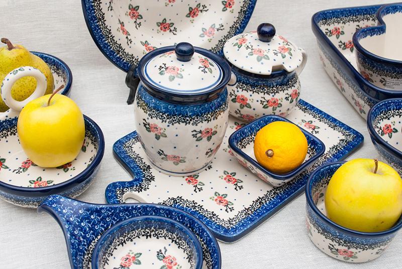 """Коллекция """"Чайная роза"""" - посуда, украшенная маленькими розочками  - фото"""