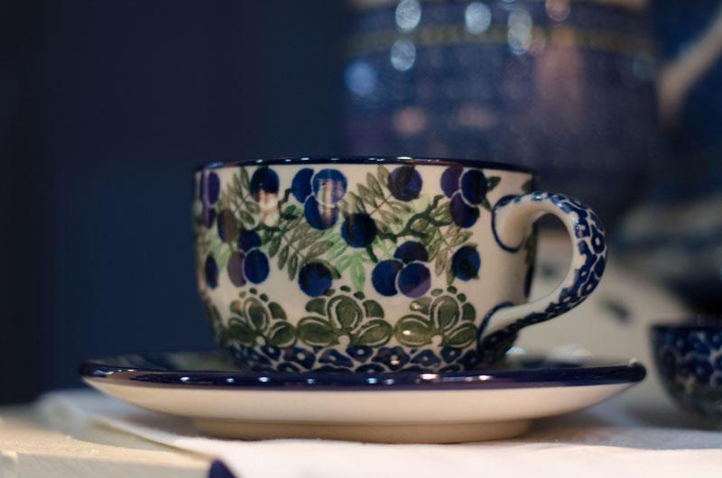 Чашка с блюдцем 200 мл  - фото