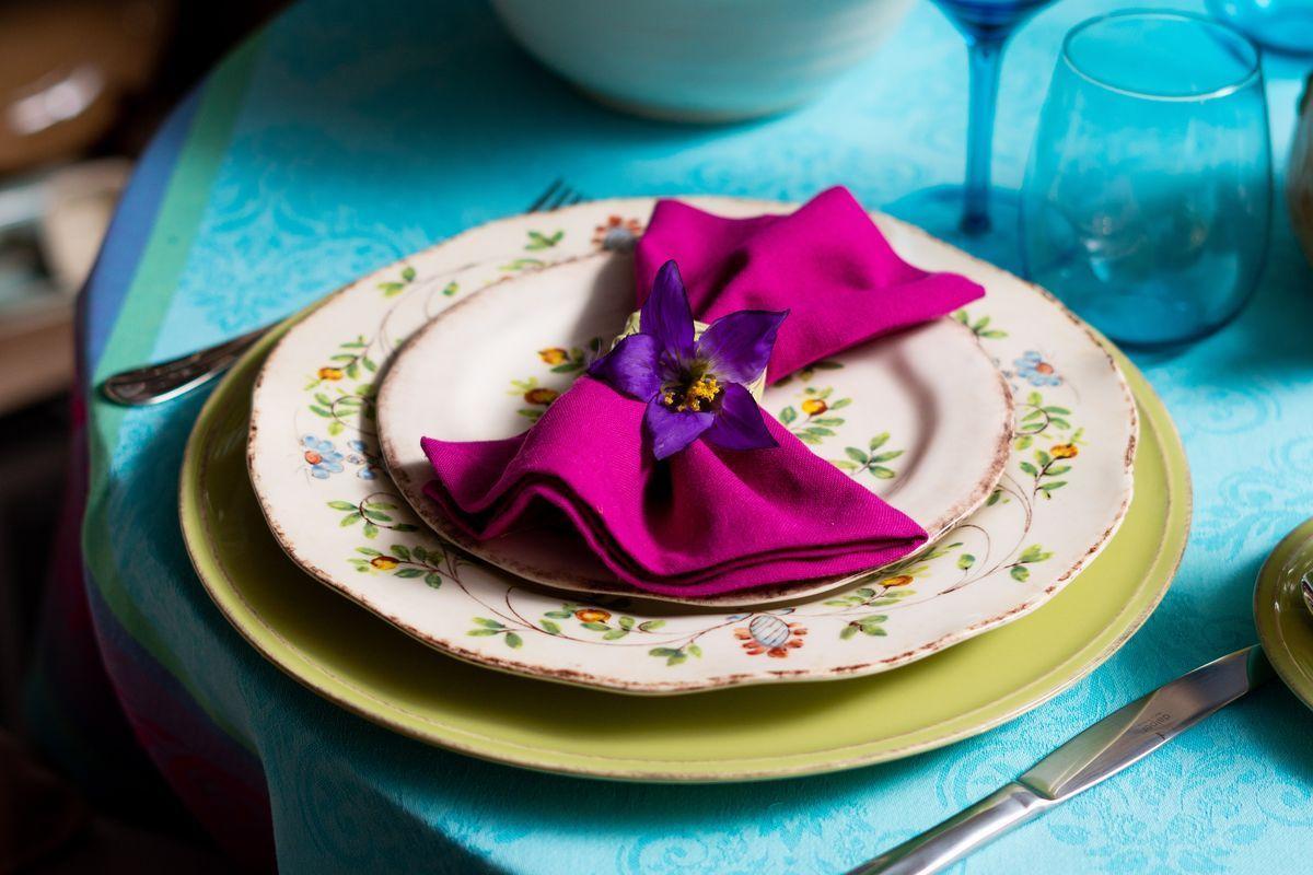 Тарелка подставная зеленая Friso  - фото