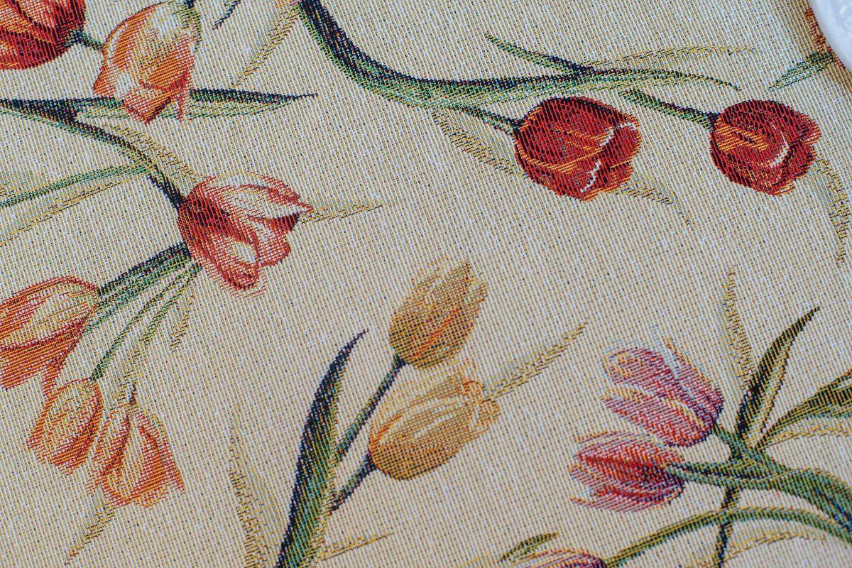 """Гобеленовая скатерть с нежными цветочными бутонами """"Тюльпановый каприз""""  - фото"""
