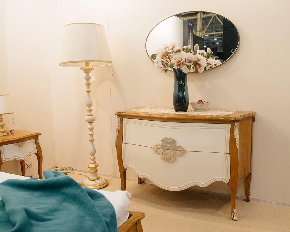 Изысканный комод ручной работы из французской вишни Majestic  - фото