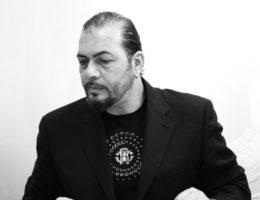 Роберто Серио – творец мебельных шедевров