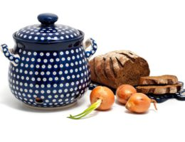 Подарок хозяйке — почему МОЖНО дарить кухонные принадлежности