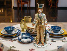 Красочная и позитивная пасхальная сервировка «В саду у мистера Кролика»
