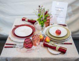 «Вернисаж праздничных сервировок» — конкурсная работа «Совместное достижение»