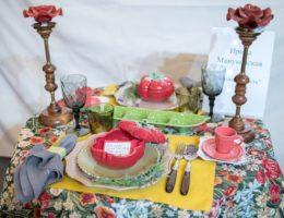 «Вернисаж праздничных сервировок» — конкурсная работа «Неожиданность»