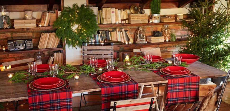 пример сервировки новогоднего стола
