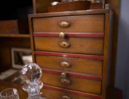 пример «старой» новой мебели
