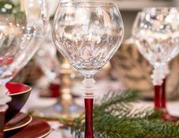 Стеклянные бокалы для вина и воды на красной ножке Villa Grazia Premium