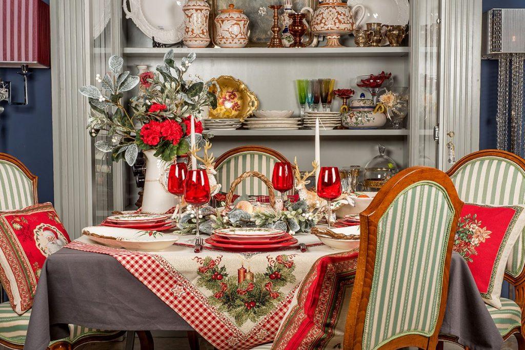 Скатерть-наперон с люрексом «Рождественские свечи»