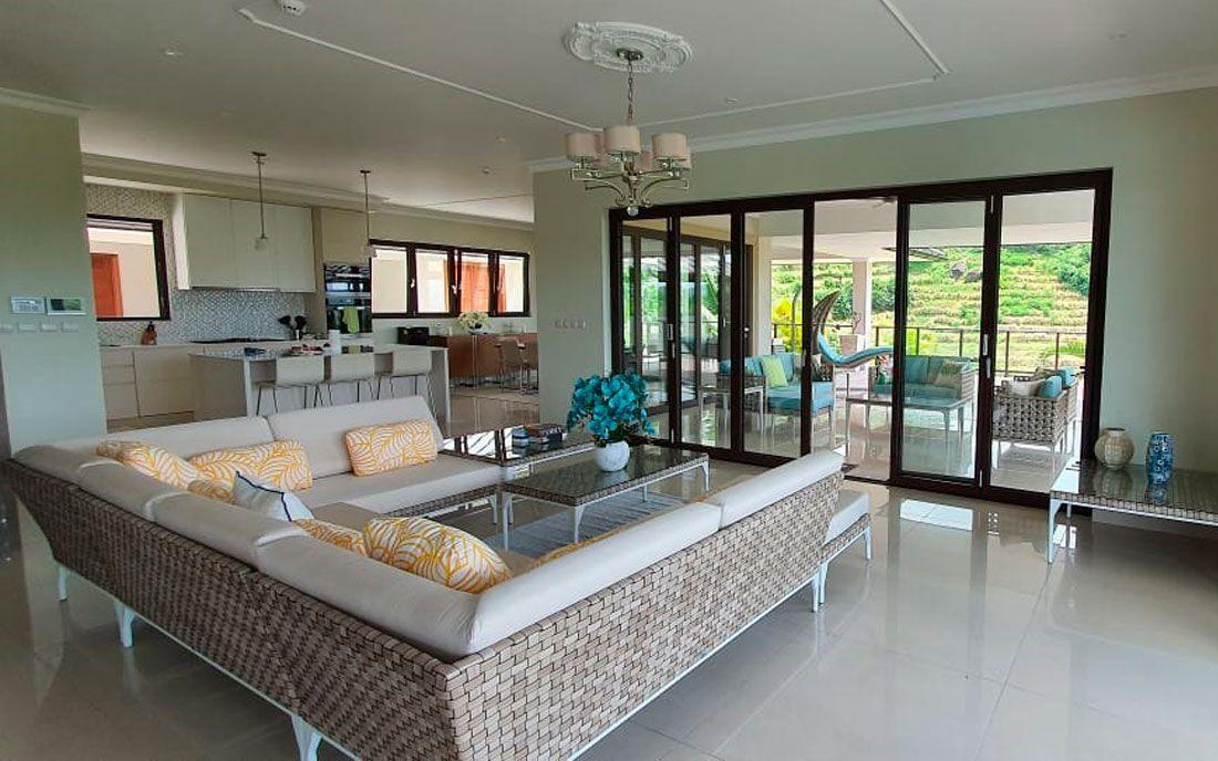 Коллекции Spartan, Heart и Brafta в роскошной частной резиденции на острове Маэ, Сейшельские острова.