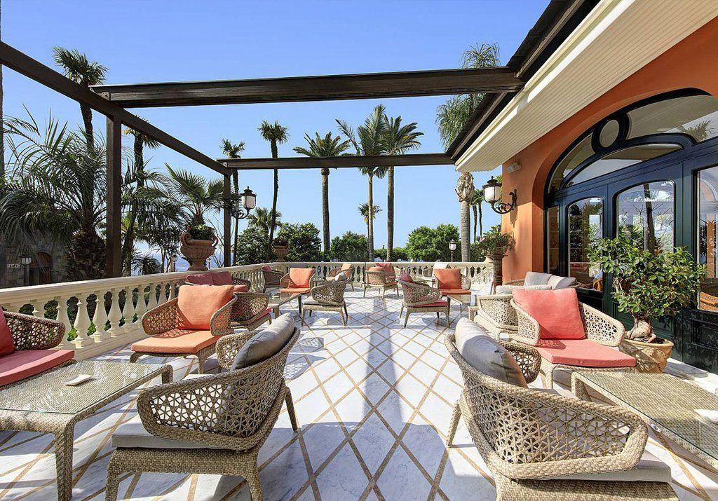«Gran Hotel Sorrento» (Италия) сделал свой выбор в пользу ажурной паутинки Journey.